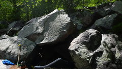 Rock Climbing Photo: Climbs up the right side of the boulder.