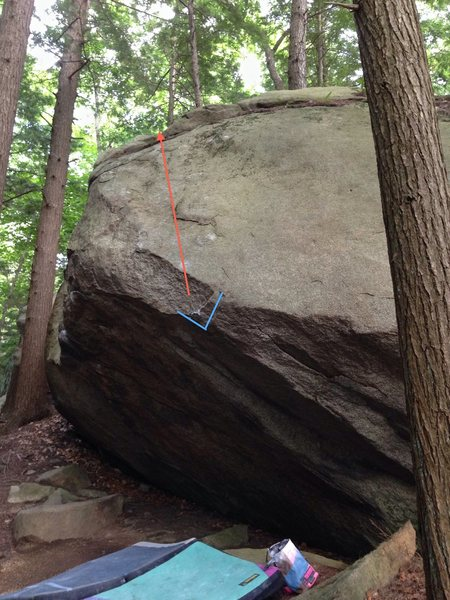 Rock Climbing Photo: This photo shows the starting hold (marked in blue...