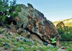 Rock Climbing Photo: Making the first move to the left hand crimp on Bl...