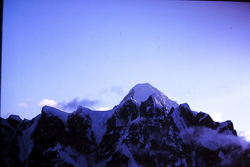 Rock Climbing Photo: Summit of Mt. Huntington seen over the crest of th...