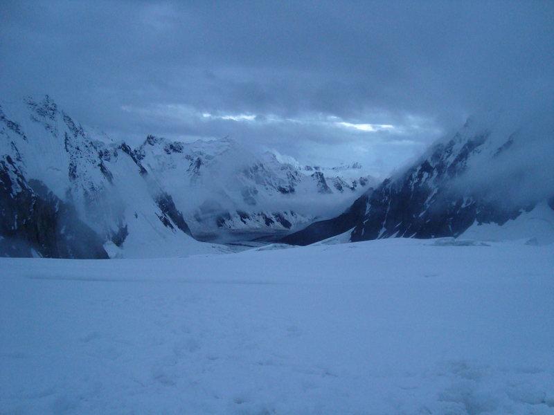Momhilsar Peak