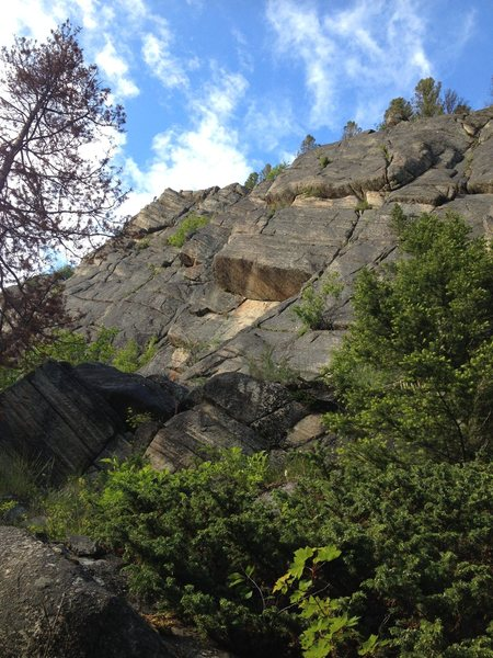 Slabs, cracks, and a cool roof traverse right-cliff