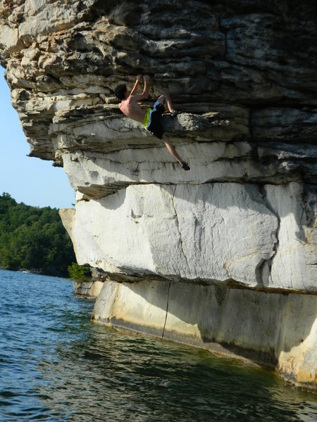 DWS in Summersville lake, such a psychologically taxing climb, first time ever being up high without a rope!