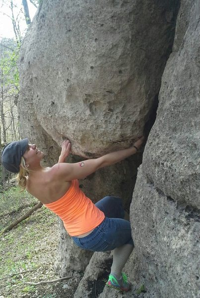 Rock Climbing Photo: Linds getting her boulder on