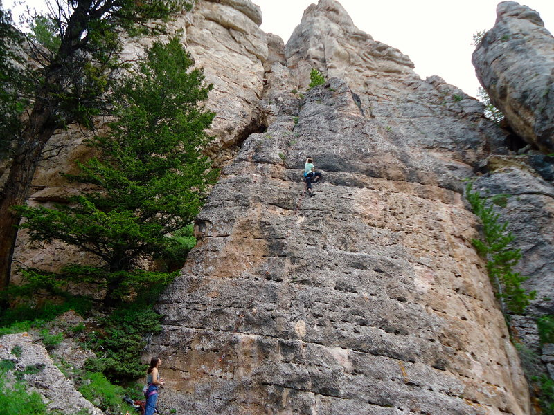 The Tilt-A-Whirl Crag of Lake Point. Fun, easy slab routes with comfortable bolt spacing. Great place for new leaders!
