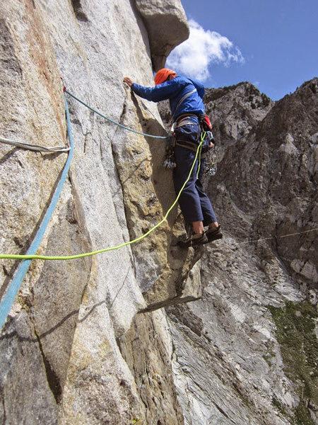 Rock Climbing Photo: Traversing on pitch 3
