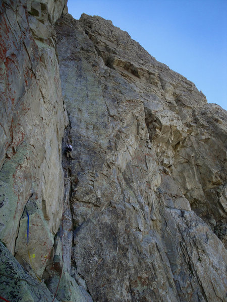 Rock Climbing Photo: Looking up the fourth and fifth pitches.