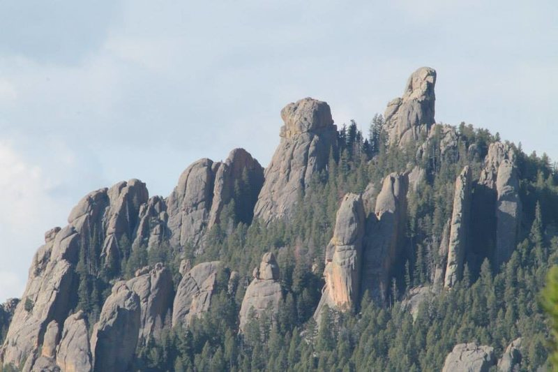 Rock Climbing Photo: Devil's Head as seen from the North on Rampart Ran...
