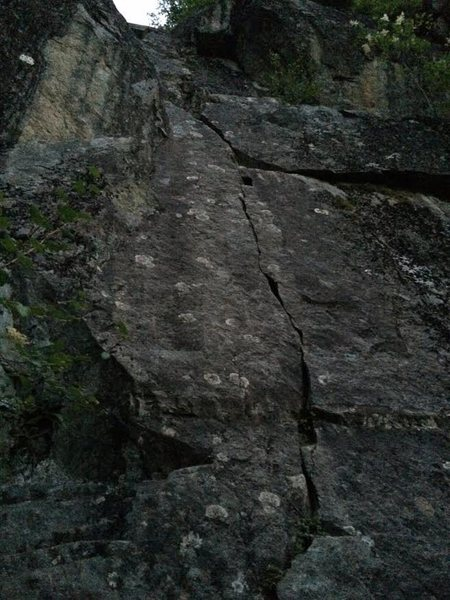 The route is the obvious low angled crack.