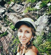 Rock Climbing Photo: Top of Tears are Falling 5.5. Past my head is good...