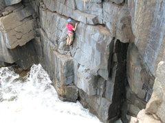 Rock Climbing Photo: Incoming tide below Razor Flake (?)