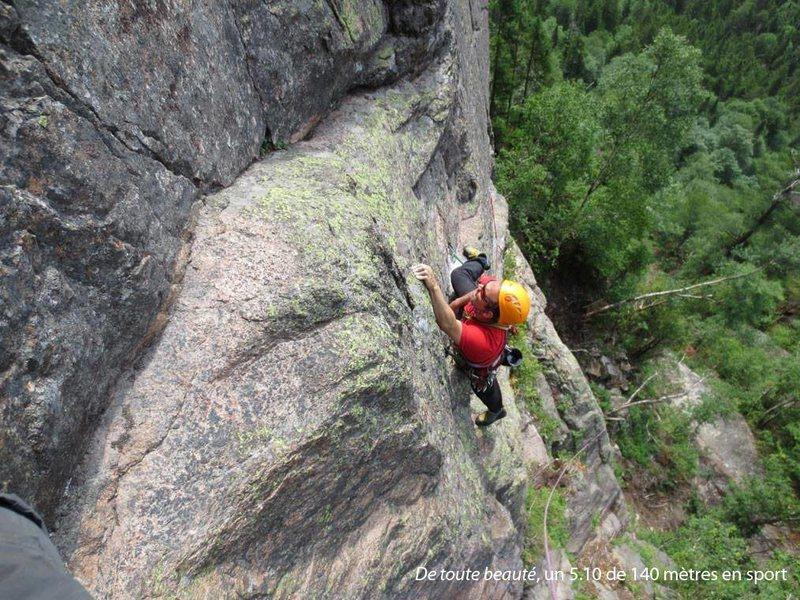 Rock Climbing Photo: Arian lors de l'ouverture!
