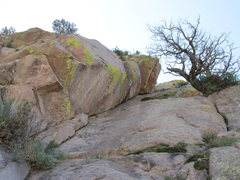 Rock Climbing Photo: Second half of Pitch 2 is in the large, right-faci...