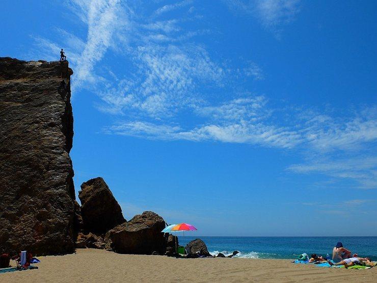 Malibu climbing on Zuma Beach.  Photo by Bella.  Jul 2014.