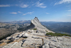 Rock Climbing Photo: south along North ridge to north mini-tower, with ...