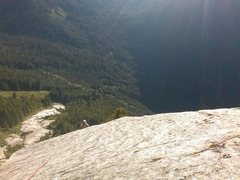 Rock Climbing Photo: Blueberry Buttress, pitch 7, looking down at the g...