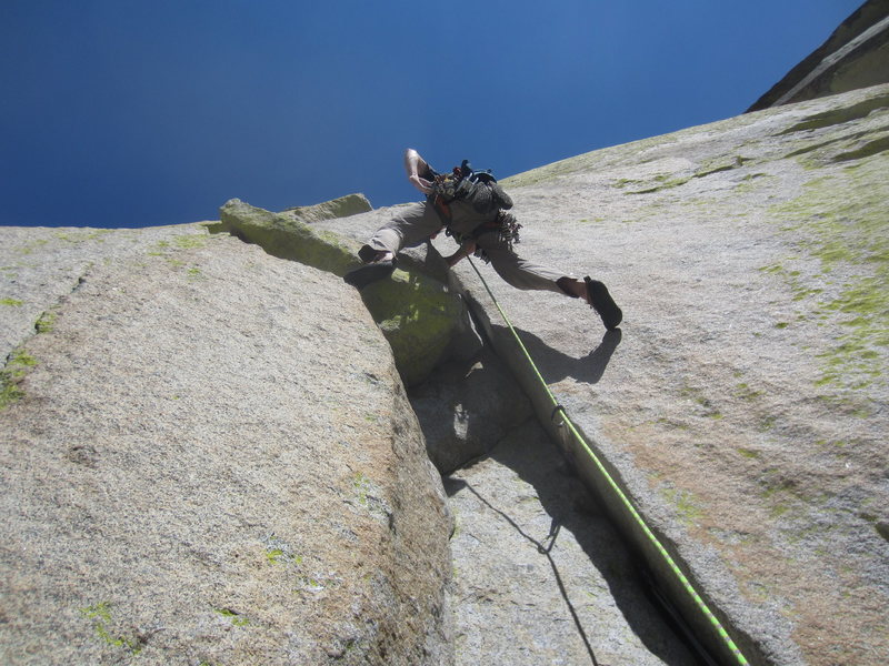 Rock Climbing Photo: Kyle cruises the stellar 3rd pitch of Igor Unchain...