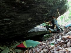 "Rock Climbing Photo: Parlier at the crux for ""Outlaw"""