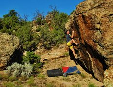 Rock Climbing Photo: Using a heel hook to gain the upper huecos on Vibr...
