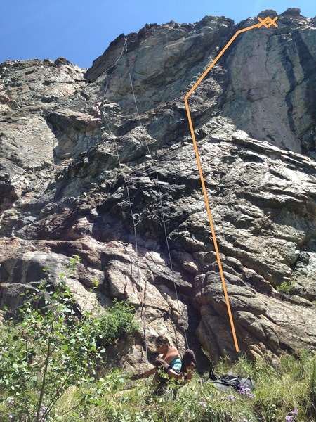 Rock Climbing Photo: The line goes up right of the rope and traverses u...