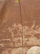 Rock Climbing Photo: Unknown splitter on buttress right of Million Doll...