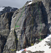 Rock Climbing Photo: Topo of the second buttress on the north face of H...