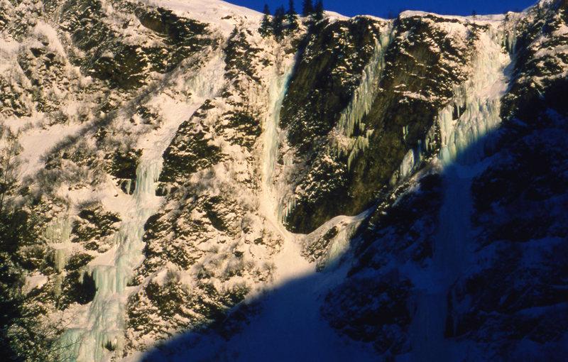 The Big four in Keystone Canyon. L to R: Bridalveil Falls, Simple Twist of Fate, Glass Onion, Keystone Greensteps (bottom 3/4 in shade)