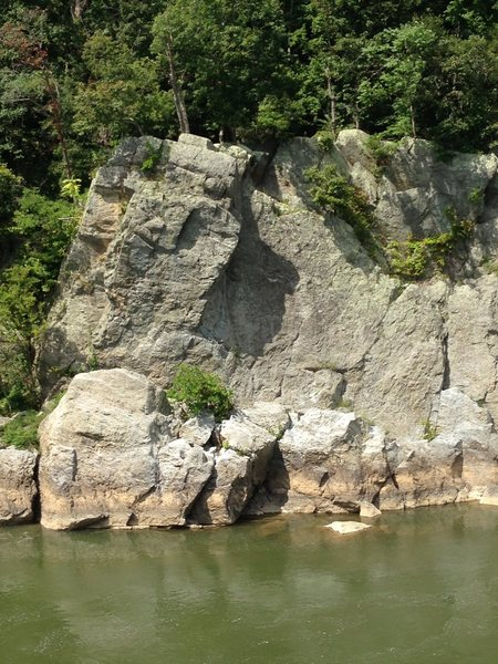 Rock Climbing Photo: Dr. Needlepoint Left from the Maryland side of the...