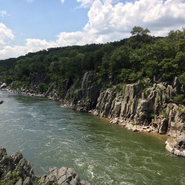 Rock Climbing Photo: The upstream view of Juliet's Balcony - Good view ...