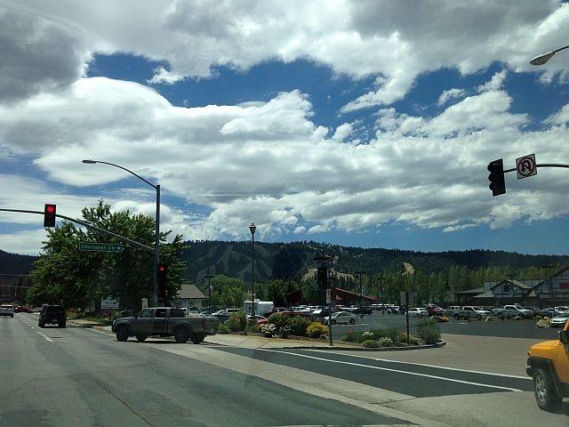 Rock Climbing Photo: The town of Big Bear Lake, San Bernardino Mountain...
