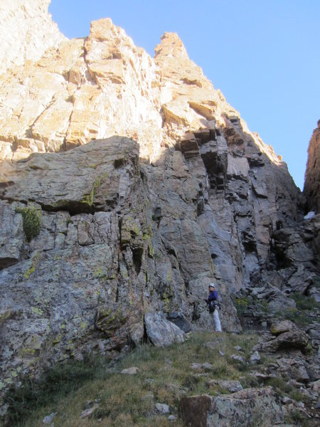 The start of the route is the wide crack system left of the overhangs. It's pretty obviously the easiest line up.