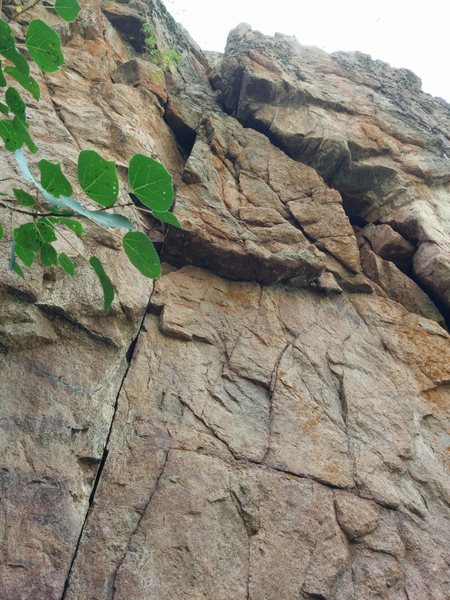 Rock Climbing Photo: View of the offwidth joining the gully at the top ...