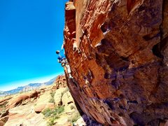 Rock Climbing Photo: Finishing the first section, before the slabby fin...