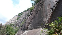 Rock Climbing Photo: Belay ledge at the top of pitch one.