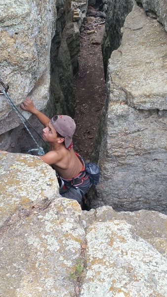 Phillipe Robinson nearing the top of Offwidth Lieback