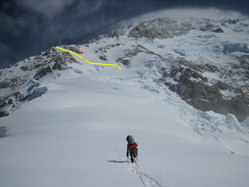 Rock Climbing Photo: Turn left below the rock outcropping and traverse ...