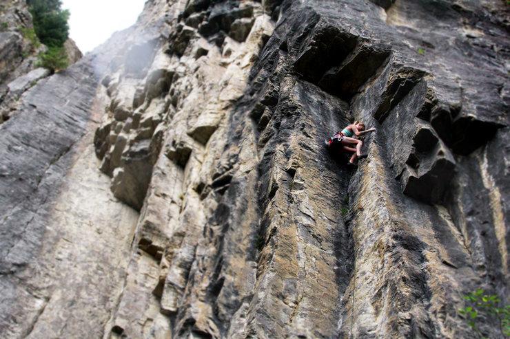 Rock Climbing Photo: No sense of fashion 11b