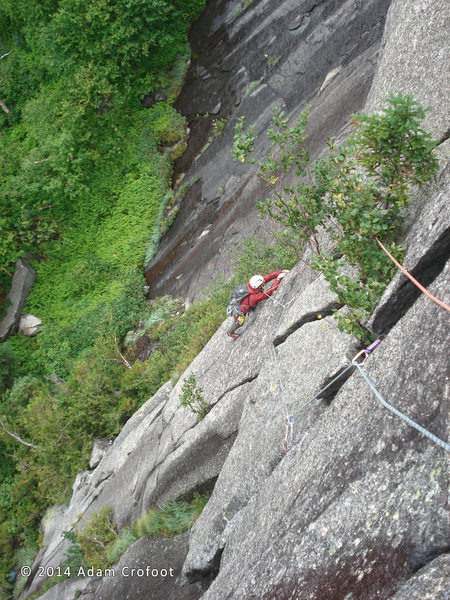 Rock Climbing Photo: Kevin MudRat MacKenzie breaking the corner to trav...