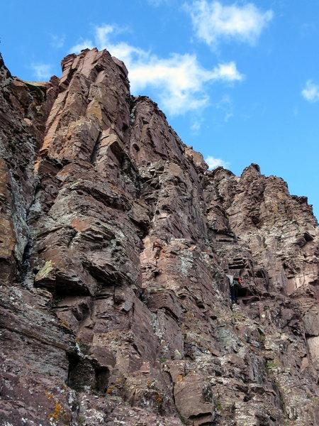 Climber at the Thunder -> Pyramid crux.