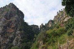 Rock Climbing Photo: Cliffs near Irente.