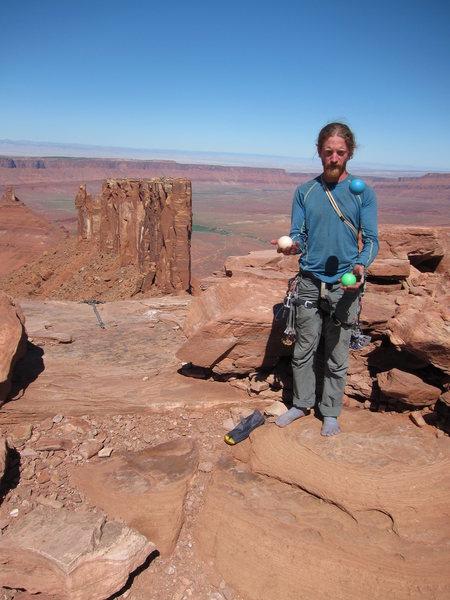 Rock Climbing Photo: More juggling balls, fewer cams.