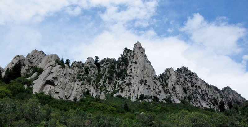 Rock Climbing Photo: The Guardian and surrounding formations. Saw bolts...