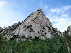 Rock Climbing Photo: Looking at the south face of The Guardian. Saw at ...