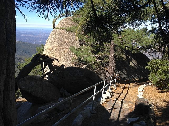 Rock Climbing Photo: The trail to the lookout, Black Mountain