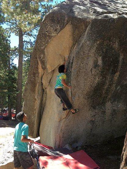 Rock Climbing Photo: Kevin on Fallen Arch Arete (V5), Black Mountain