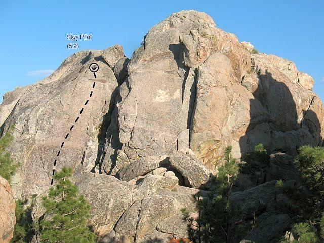Rock Climbing Photo: Skyy Pilot (5.9), Holcomb Valley Pinnacles
