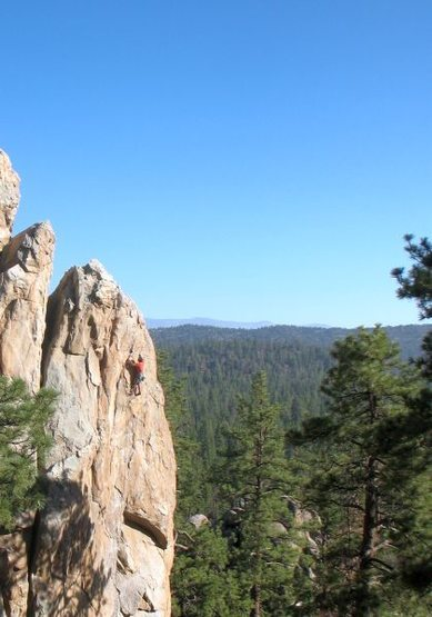 Coyotes in the Henhouse (5.10d), Holcomb Valley Pinnacles