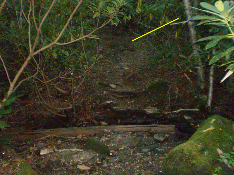 Rock Climbing Photo: Cross the creek after the log crossing and go imme...