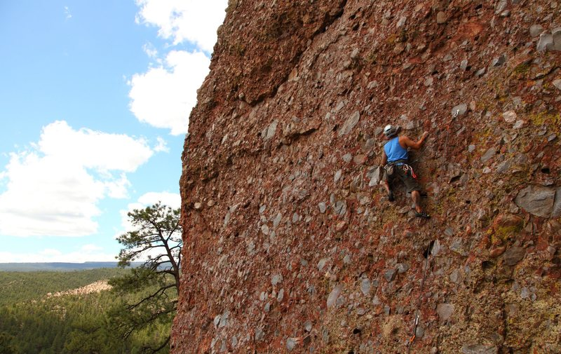 Rock Climbing Photo: A friend on Oreo (name withheld to protect the inn...