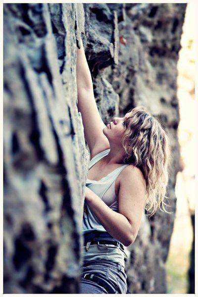 Climbing Miranda Rayne (5.9) @ the Shire, PMRP, RRG.